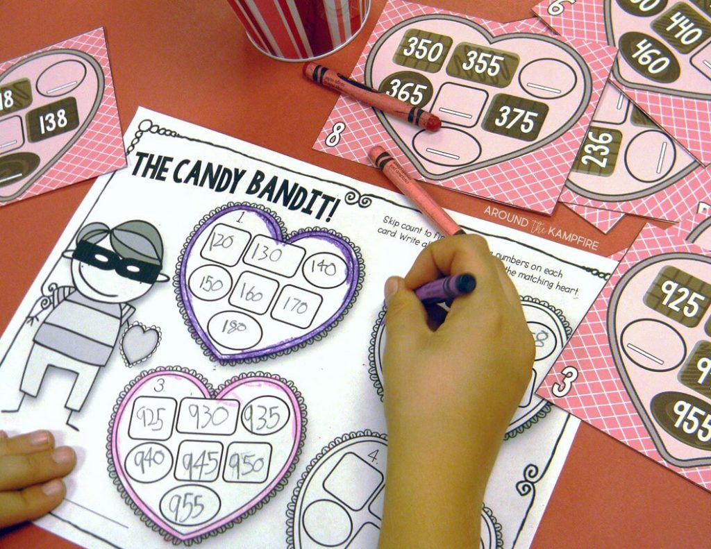 Valentine's Day classroom party ideas-Set up candy themed math centers and have a math party.